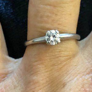 Solid 18K White Gold Diamond Split Engagement Ring